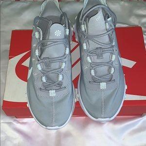 Nike Shoes - Womens Nike React Element
